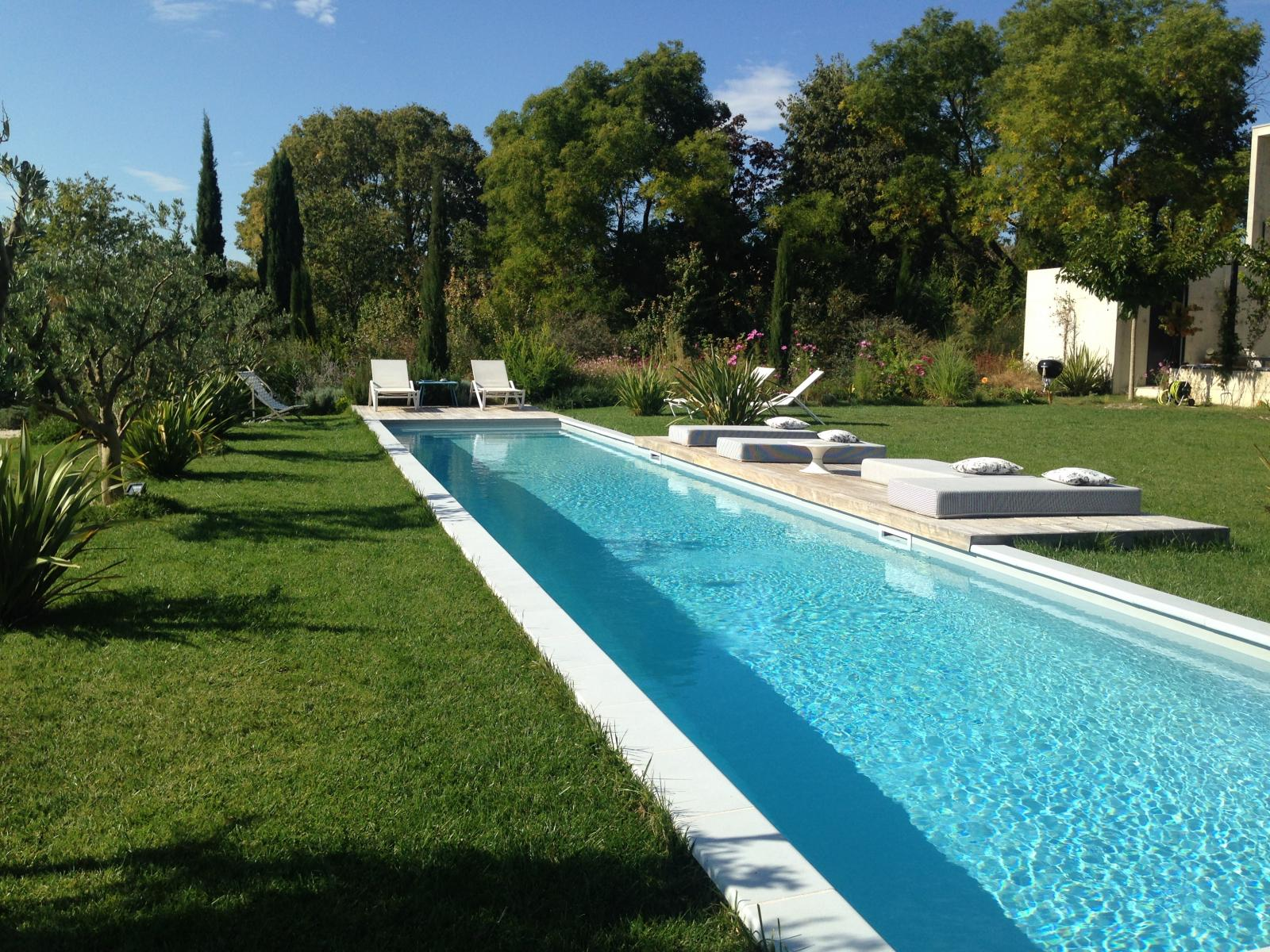 Exterieur maison jalon for Piscine aquarel lons